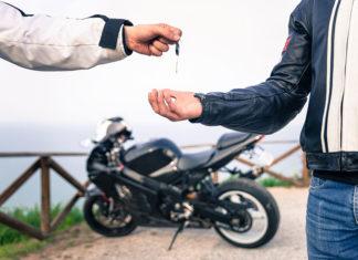 Przegląd motocykla po sezonie?