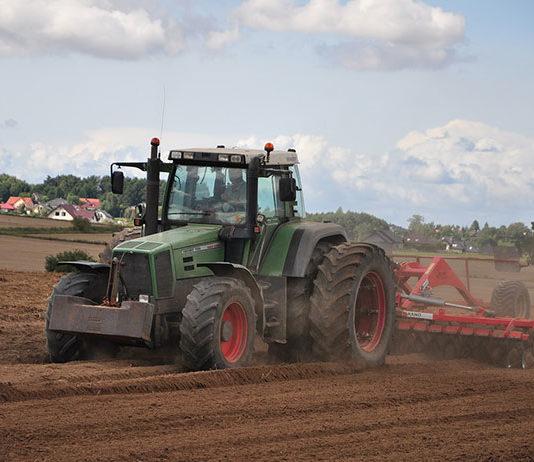 Internetowy handel częściami rolniczymi